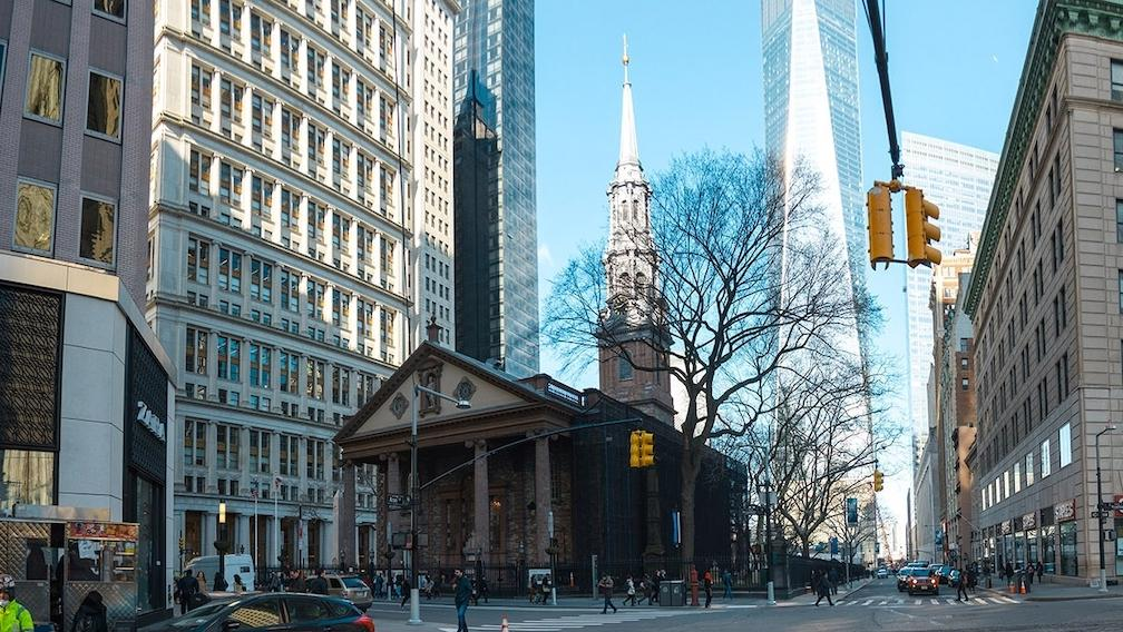 St. Paul's Chapel with One World Trade Center in the background